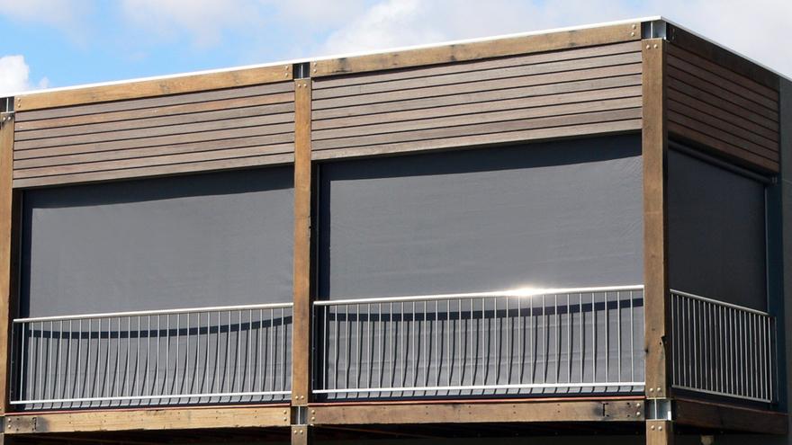 ziptrak outdoor blind 4